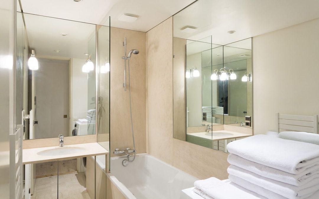 If your bathroom has no windows you can use lando lighting to make it looks brighter.