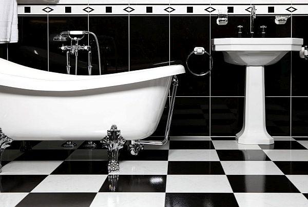 Bathroom with a freestanding nostalgic bathtub.